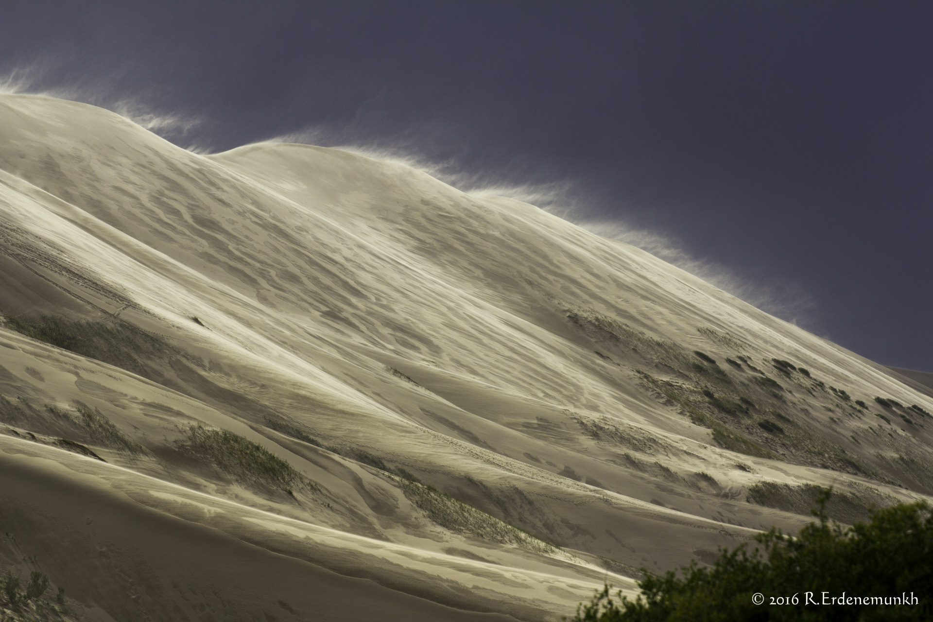 Sand dune before the rain